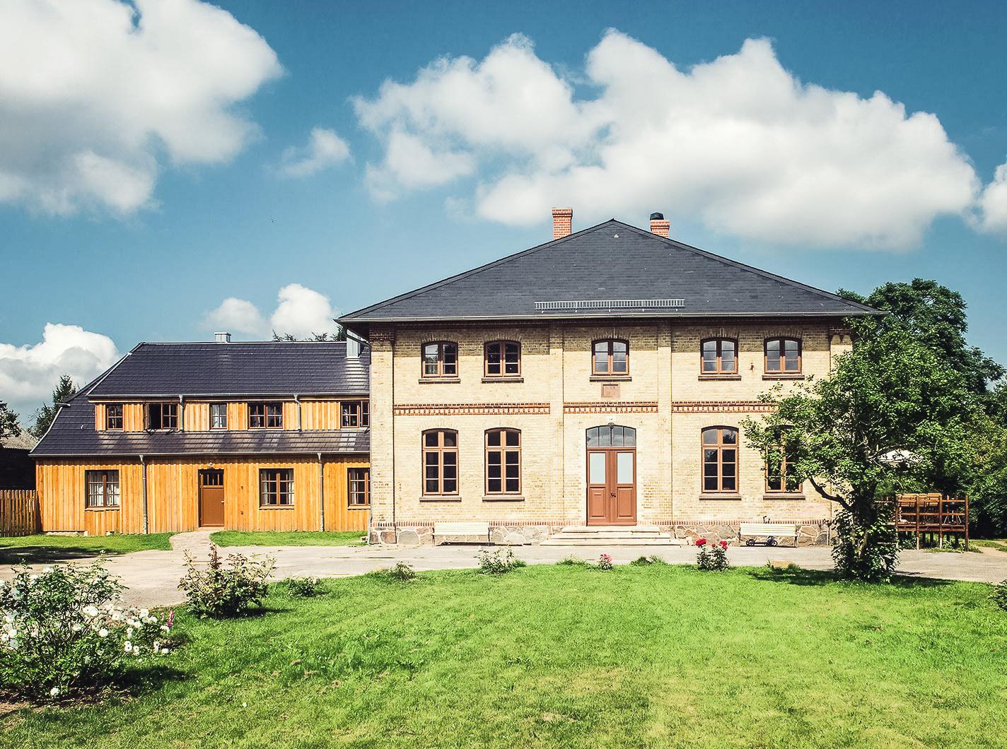 Das Gutshaus Lexow an der Mecklenburgischen Seenplatte.
